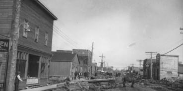 Chronique 02- Développement historique 1923 à 1930